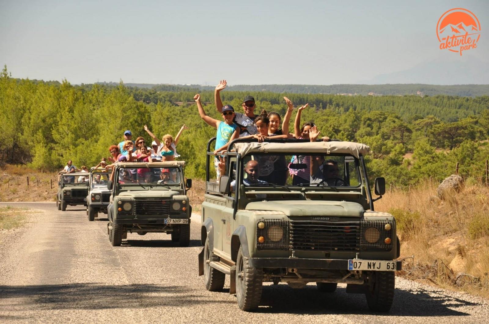 Artvin Jeep Safari